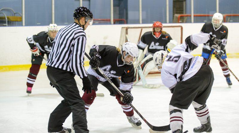 21.oktobra vakarā tika dots starts 2017./2018.gada sezonas sieviešu hokeja čempionātam